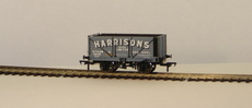 "00 7 Plank fixed End Door Wagon ""Harrisons\"""