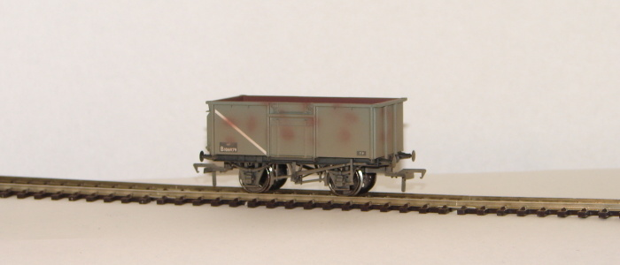 00 16 Ton Steel Mineral Wagon BR weathered grey with Top Flat Do