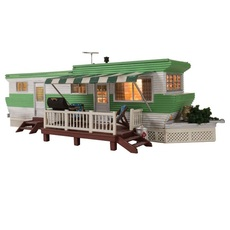 H0 Grillin\' & Chillin\' Trailer w/Lights - Built-&-Ready(R) Landmark Structure(R) -- Assembled